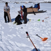Retrieving the ice core bottom for measurements.